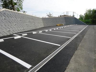新駐車場の完成